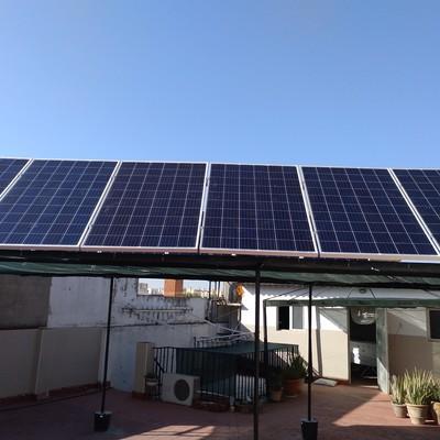 Instalación fotovoltaica sobre estructura
