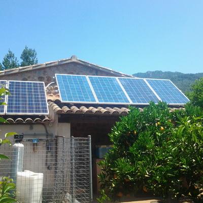 Instalación Solar Fotovoltaica Aislada, Barcelona