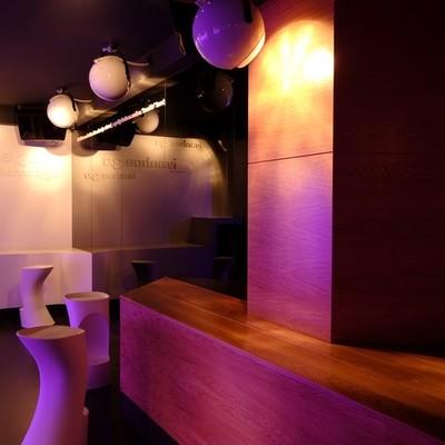 Interiorismo en Cáceres con estilo minimalista y futurista
