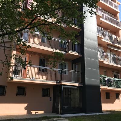Solución exterior con acceso a balcones