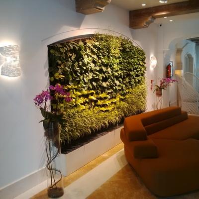 Jardín vertical en Hotel The Westin La Quinta Golf