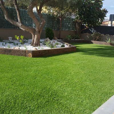 Ideas y fotos de piedras blancas para inspirarte habitissimo for Jardines en desnivel