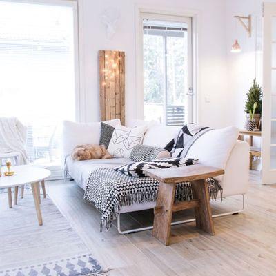 salón con suelo laminado