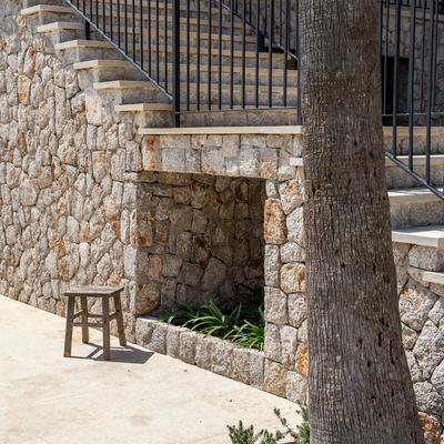 Rehabilitación exterior de un villa en Esporlas