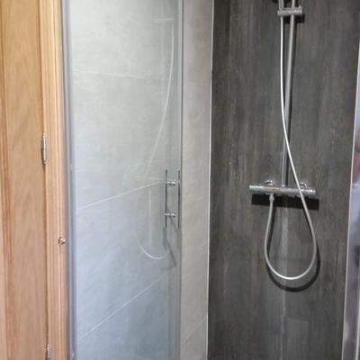 Construcción de baño en un garaje