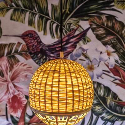 Lámparas de mimbre