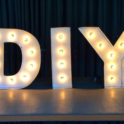 DIY: Cómo hacer letras luminosas