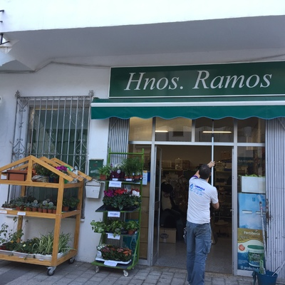 Limpieza de cristales en Hermanos Ramos