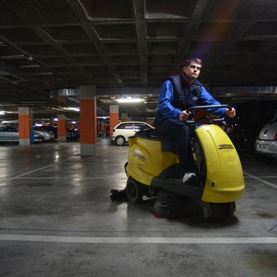 Limpieza y mantenimiento de Garaje de Edificio Residencial