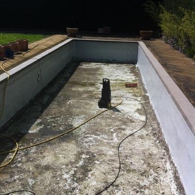 Limpieza, reparación y puesta en marcha de cualquier tipo de piscina, publica o privada
