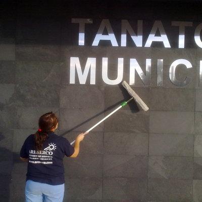 Limpiezas en Tanatorio Municipal