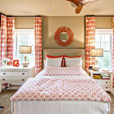 Los estampados y tejidos variados en tonos naranja son muy versátiles.