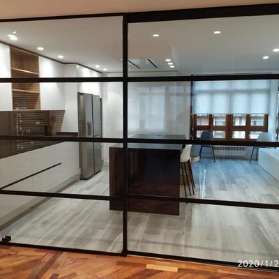 Mampara metálica interior de vivienda