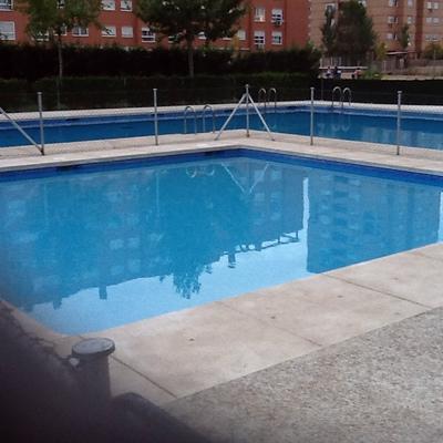 Presupuesto mantenimiento edificio piscina y jard n en - Mantenimiento de piscinas ...