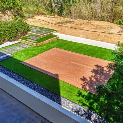 Diseño y ejecución de jardín particular