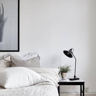 Un apartamento nórdico para gente muy casera