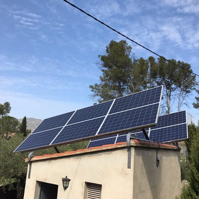 Instalacion fotovoltaica de 20 kw diarios