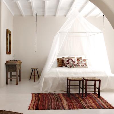 Ideas de mosquiteras plisadas para inspirarte habitissimo - Mosquiteras para camas ...