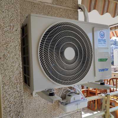 Instalación Aire Acondicionado con Bomba Desagüe y Calentador de GAS