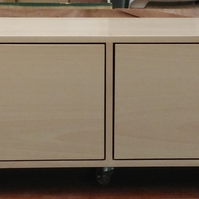 Mueble de baño a medida en madera. Modelo 1