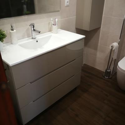 Reforma integral de baño en C/ Caridad de ALMAZORA