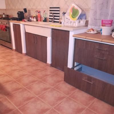 Muebles a medida para cocina hecha de obra.