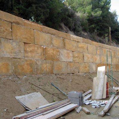 Muro Escollera Bloques Imitación Piedra