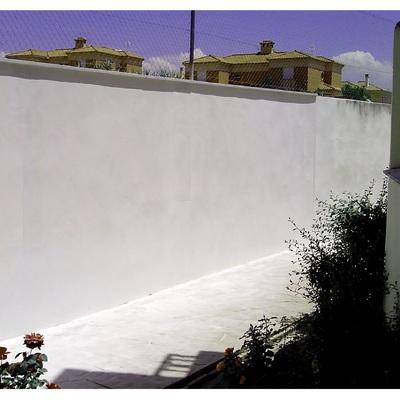 Muro de cerramiento de finca y contención de tierras