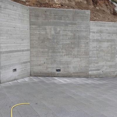 Ampliación de la  entrada del colegio parroquial Sant Feliu Cabrera de Mar
