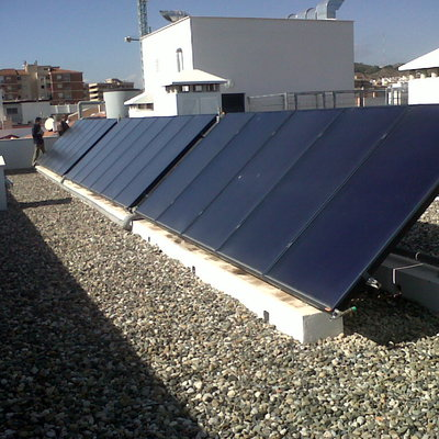 Energia Solar Termica Multivivienda: 70 Vpo En Malaga