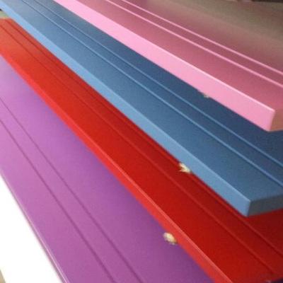 Lacado de puertas en colores