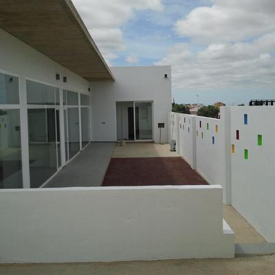 Un centro de educación infantil sencillo y tradicional