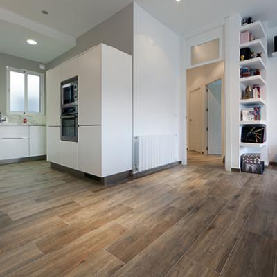 Una vivienda moderna con una espectacular cocina office