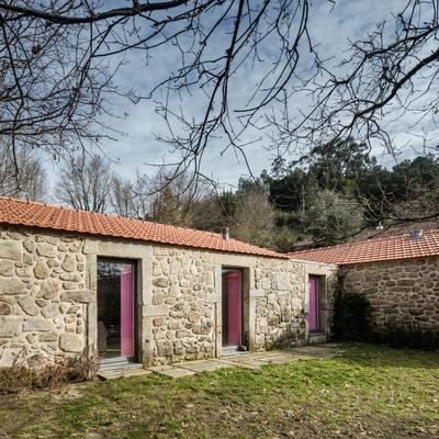 Rustic Pink: una casa rompedora que respeta lo tradicional