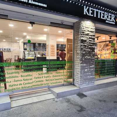 RETAIL: RESTYLING DE PANADERIA&CAFETERIA