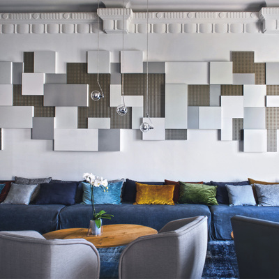Paneles de Serastone grises y blancos