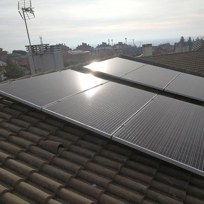 Sistema fotovoltaico de autoconsumo para vivienda unifamiliar