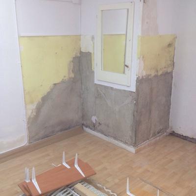 Arreglo de desperfectos en paredes por humedades-filtraciones y pintura de la misma