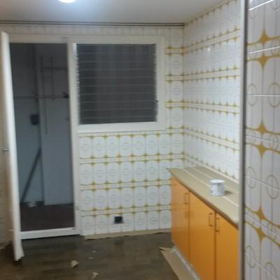 Alisado de azulejos cocina