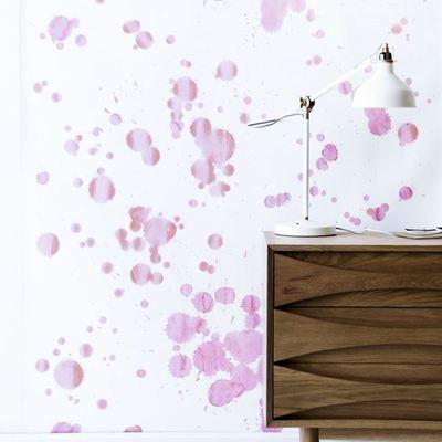 Pinta tus paredes con acuarela y explora el mundo de los sueños