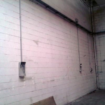 pintado de paredes y suelos en nave taller mecanico