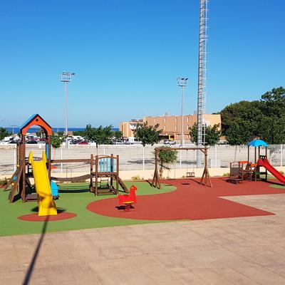 restauración parque infantil
