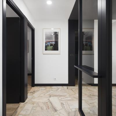 5 combinaciones de colores entre suelo, puertas y paredes