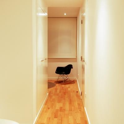 Pasillo habitación-vestidor