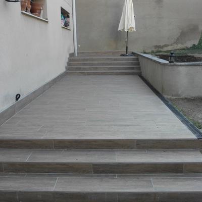 Reforma i pavimentació de pati interior, Barcelona