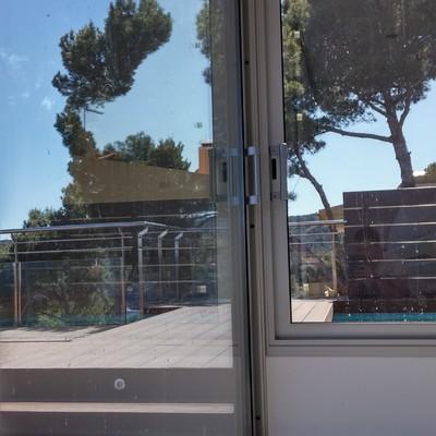 Cerramiento de habitaculo en terraza en Calella de Palafrugell