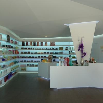 Piñana Perfumería. Peñiscola. Castellón. 2011
