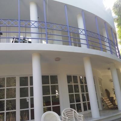 rehabilitacion de fachada  y herrajes en chalet