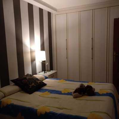 Ejemplo de pintura decorativa en dormitorio