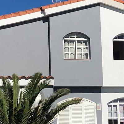 Proyecto de pintura exterior de fachada de vivienda adosada